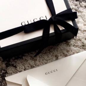 Sælger dette gucci bælte da jeg har fået et nyt i fødselsdags gave! Alt følger med! BYD!