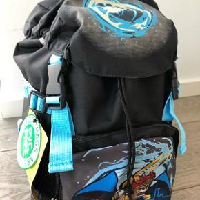 Kvalitets skoletaske med god støtte i ryg. Aldrig brugt.