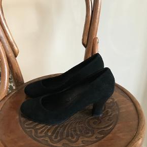 CAFèNOIR heels