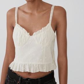 Sælger denne søde Zara top, brugt få gange