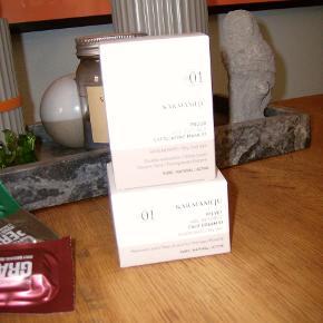 Karmameju serie 01  Creme nypris 445,- m.p. 270,-  Maske nypris 299,- m.p. 165,-  100% ubrugte/uåbnede
