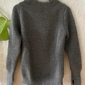 Andersen-Andersen sweater