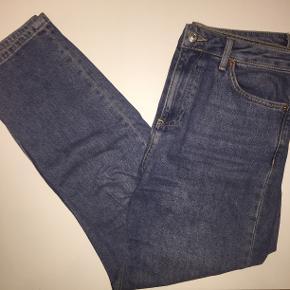 Topshop Moto mom jeans i str W30L32  Husk 20% ved køb inden Torsdag d. 4/7