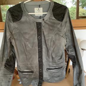 Pulz jakke