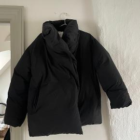 Totême jakke