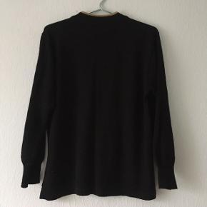 Sort sweater strik fra Quimo, m. print, str. M/38-40
