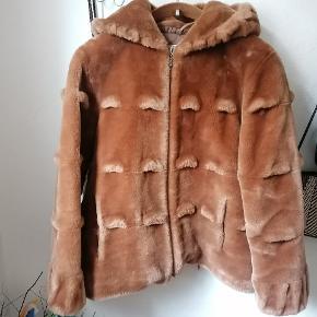 Etage pels- & skindjakke