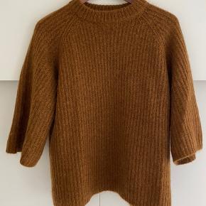 Mila sweater 32% mohair, 28% uld, 40% nylon Aldrig brugt