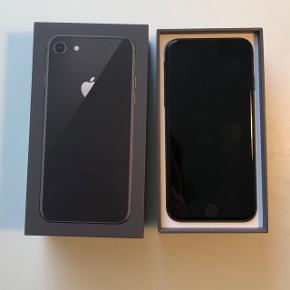 IPhone 8, UBRUGT. Købt for tre dage siden, kvittering haves 😁 Byd endelig!