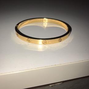 Cartier lignende armbånd. Jeg har 2 stk.