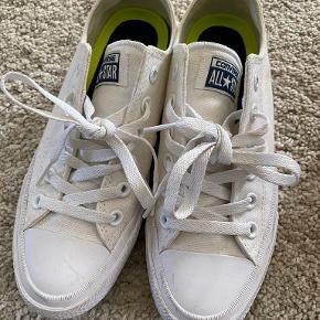 Converse flats