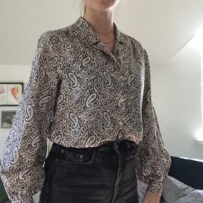 Skøn skjorte købt i vintage butik 💘