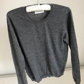 100% merino uld sweater fra samsøe & samsøe. Brugt én gang. Tager gerne imod bud