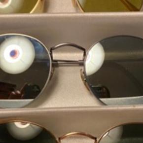 Nye Ray Ban round solbriller, brugt 1 enkelt gang.