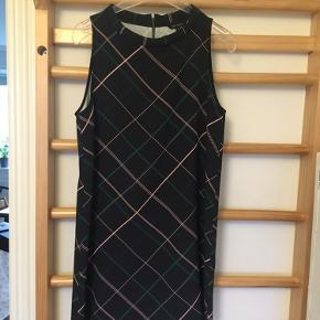 Tara Jarmon kjole