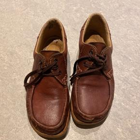 Fine Ecco retro sko i str.39 sælges