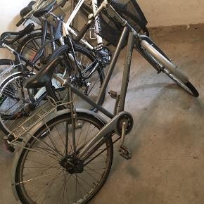 Fanti citybike Trænger måske til et lille eftersyn da den har stået ubrugt i noget tid, men man cykler fint på den