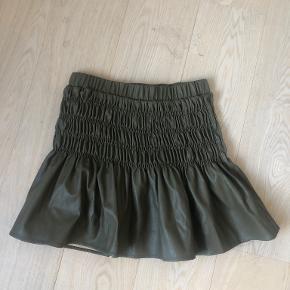 Continue nederdel