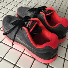 Nike lunarswift - fin stand men brugt. Har plads til nike+ chip i sålen. Pris sat derefter.
