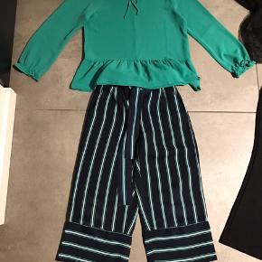Perfekt stand - sort kjole og grøn bluse brugt ganske få gange.  Sælges samlet