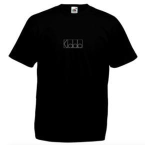 Kiddo t-shirt  - Fåes i alle størrelser :)    For mere tøj, følg insta @kiddowear, der bliver løbende mere content :)