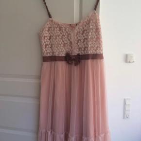 NAF NAF kjole