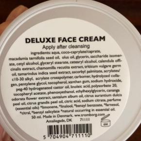 Aldrig åbnet og derfor helt ubrugt creme fra Tromborg.  Deluxe face cream Day and Night moisturizer 50 ml.
