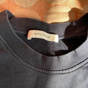 Super fed sweatshirt med flot print. Købt på Farfetch