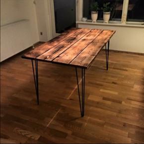 Sælger denne fine bordplade :-)