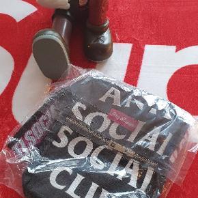 Anti Social Social Club taske