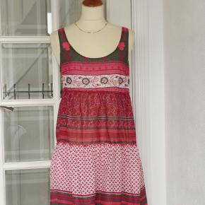 Divided kjole