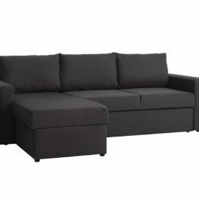Ny sofa!! Har haft den få måneder og må desværre sælge igen, da jeg skal flytte. Sælges til en god pris. Fremstår som ny og sælges med kvittering og garanti.