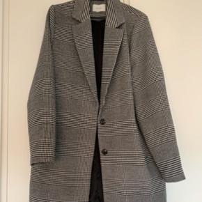 Fin Neo Noir jakke, str. M Np. 699 - Mp. 250 kr.