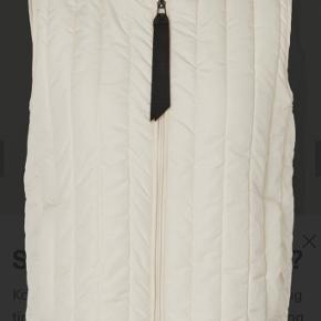 Basic Apparel vest