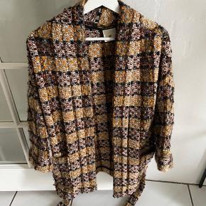 Super smuk kimono jakke som ny fra Heartmade/ Julie fagerholdt  Str 1 Kun brugt 1 gang fremstår som ny