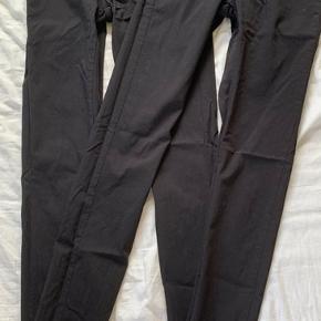 Ny pris 85,- Dobbelt op på sorte bukser i stretch fra Pieces. Begge par sælges samlet for nu kun 85,- #secondchancesummer