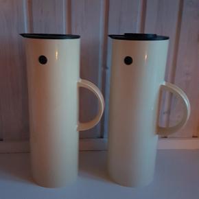 2 stk STELTON termokander med 2 forskellige låg sælges for 100 kr pr stk