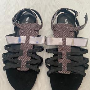 Nine West sandaler