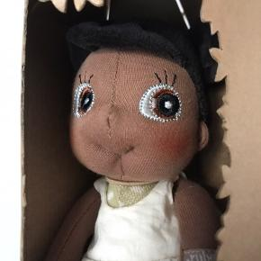 Mini EcoBuds dukke
