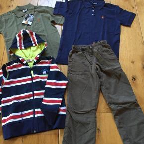 Varetype: Helt nyt tøj Størrelse: 8år Farve: Blå,   Grøn  Alt tøj er ubrugte.  Sælges for 300+