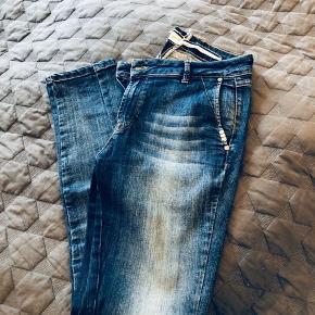 Jeans fra Pieszak, str. 31/32.