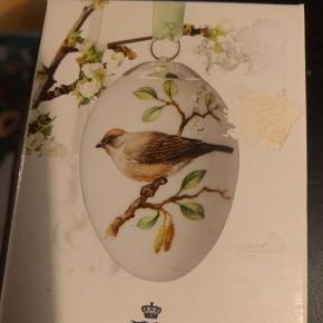 Royal påskeæg med origibal æske rede og bånd : Samlerobjekt  2011 MUNK (1249 902) Sender + Porto 37 kr
