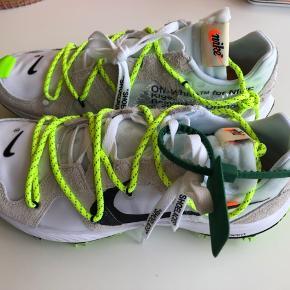 Brand new Nike X off white womens zoom kiga 5. Comes in women size eu 44.