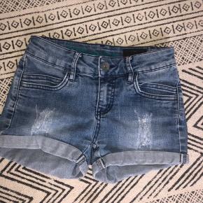 Denim shorts str 22