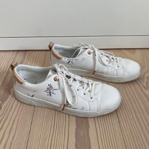 Ted Baker sneakers
