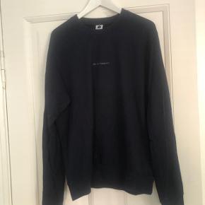 NN07 'No nationality' trøje. Str. XL. Let og lækker kvalitet. Brugt 2 gange - Så god som ny.
