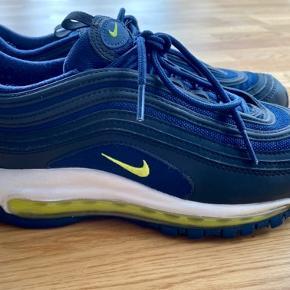 Nike Air Max 97 -black/lemon/midnight navy/white. Brugt sparsomt i en kort periode;)