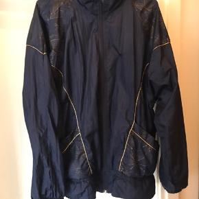 Vintage bomber jacket with gold details. Very Stine Goya style Would fit small sizes with an oversized fit but also much larger sizes with a normal fit