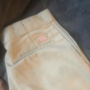 I really wanted to keep these pants, but they we're too big (34, 34)