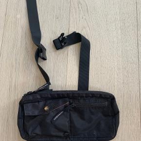 Mads Nørgaard bæltetaske